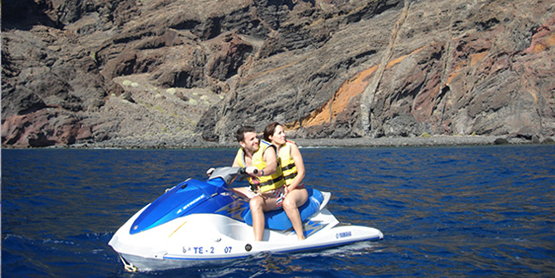 jet-ski-safari-couple